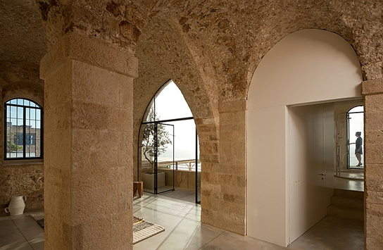 6-stone-art-ceiling