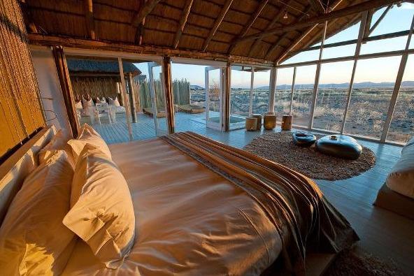 romantic-desert-home