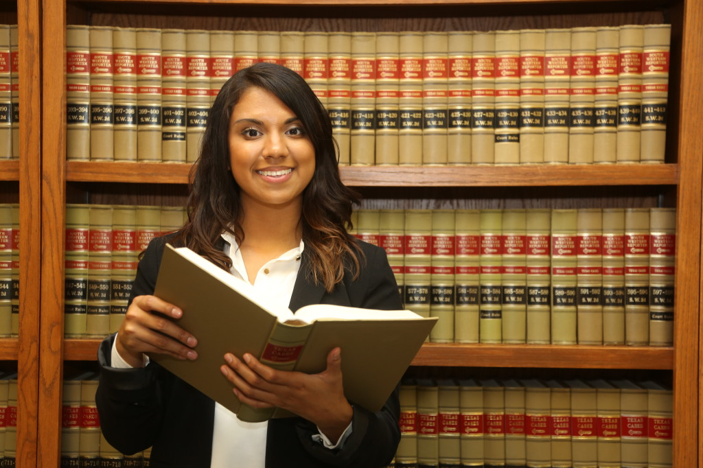 How To Search For The Right Legal School?