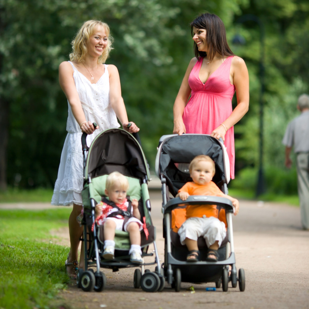 Make Your Little-One Comfortable With Best Selection Of Pushchair!!