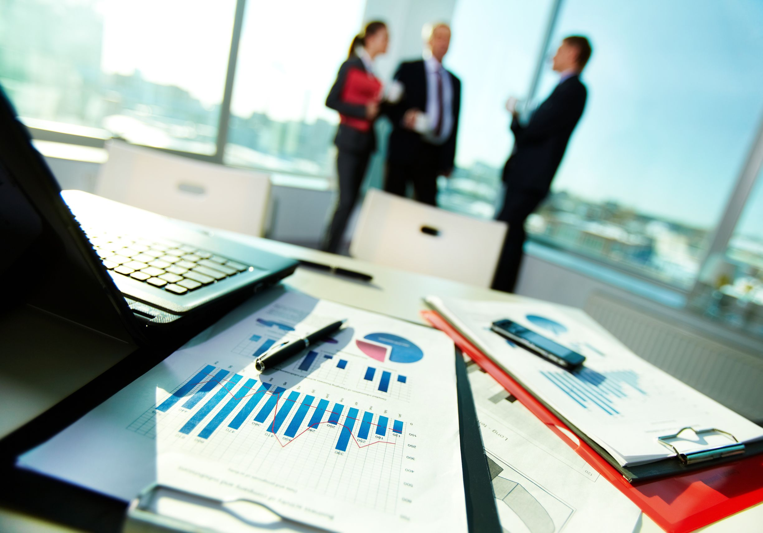 Seeking Professional Helps From Charted Accountants To Manage Your Finances.
